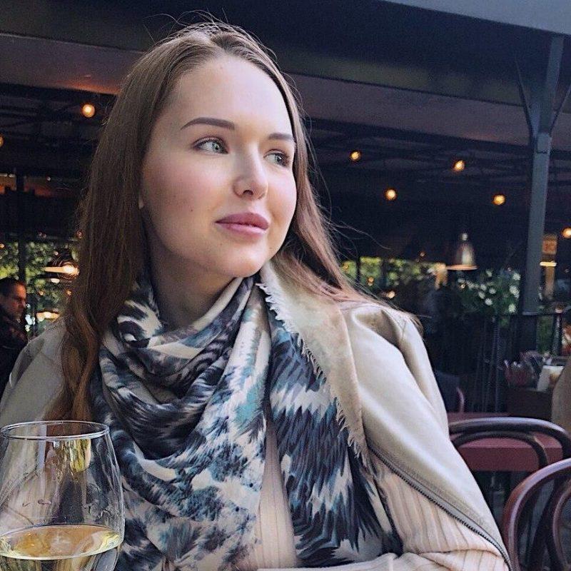Полина Васева